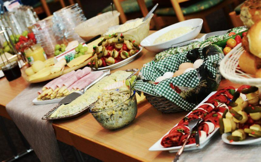 Catering na oslavu – raut