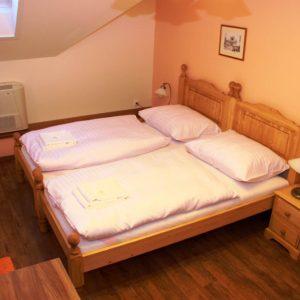 Dvoulůžkový pokoj (P6)